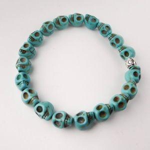 Jewelry - ⚜️Tiny Skulls Turquoise Stone